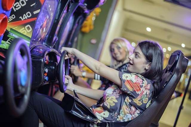 arcades-are-fun-for-girls-too